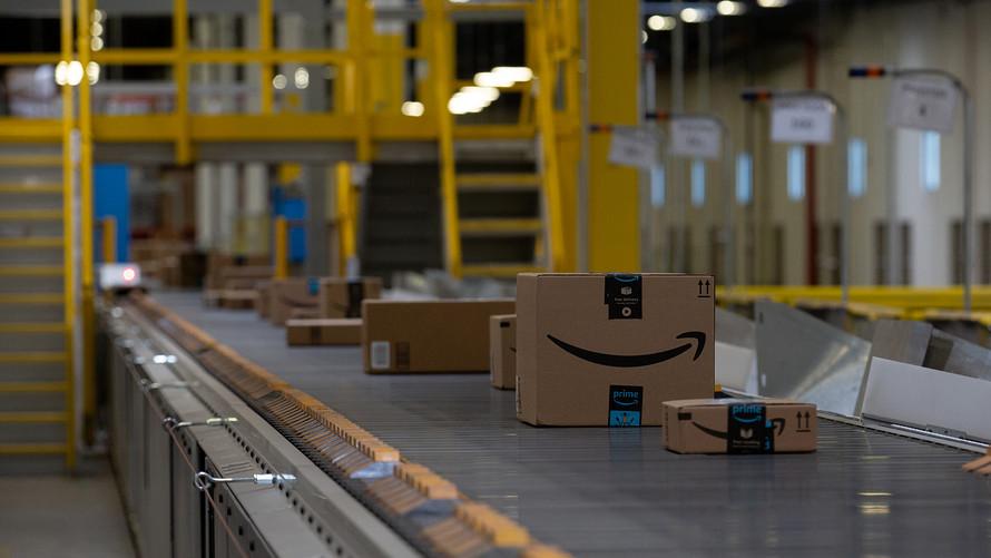 Amazon allenta le restrizioni – torna la vendita di prodotti non essenziali